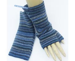 The Scarf Company 100% Lambswool Ladies Wristlets - Dark Blue