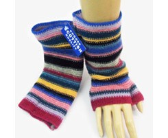 The Scarf Company 100% Lambswool Ladies Wristlets - Pink