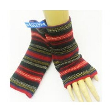 The Scarf Company 100% Lambswool Ladies Wristlets - Rouge