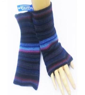 The Scarf Company 100% Lambswool Ladies Wristlets - Aubergine