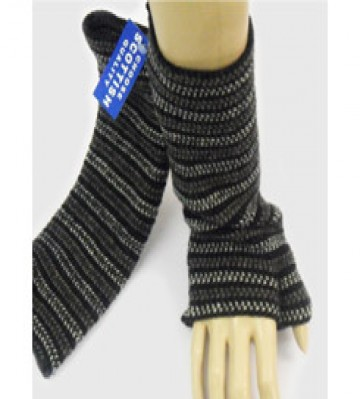The Scarf Company 100% Lambswool Ladies Wristlets - Black