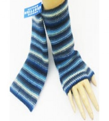 The Scarf Company 100% Lambswool Ladies Wristlets - Light Blue