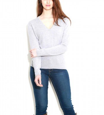 Light Grey Ladies V-Neck Sweater - 100% Cashmere Made in Scotland